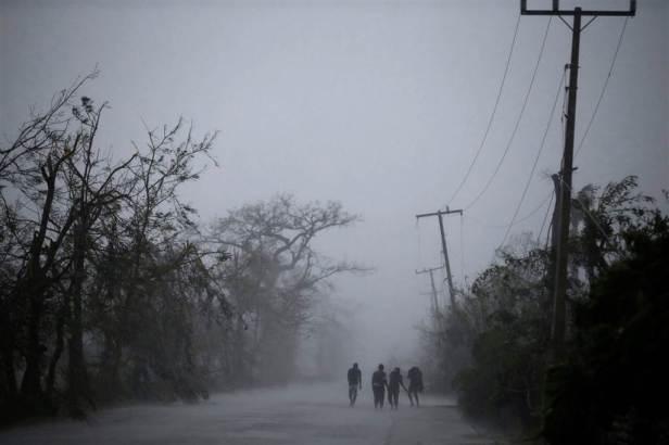 ss-161005-hurricane-matthew-caribbean-01_d4e342a7fb16bd500b2fd5a31f7b667a-nbcnews-ux-1024-900